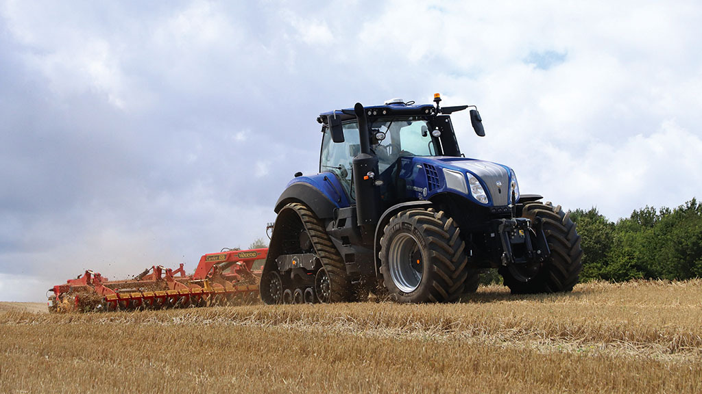 Sneak preview: First drive of New Holland's technology-packed T8