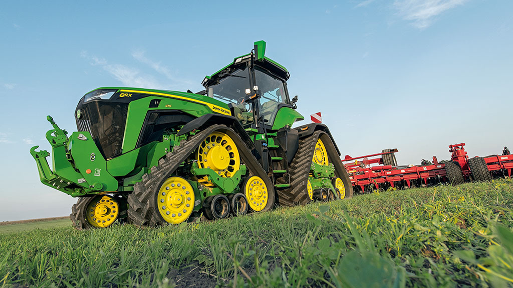 IN PICTURES: John Deere reveals new 7R and 8R series tractors