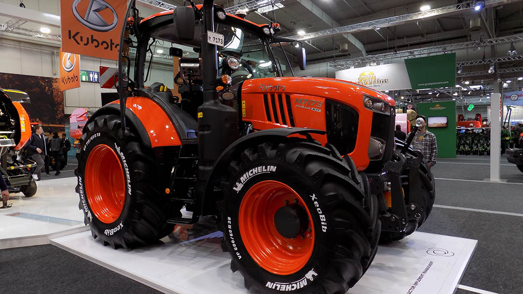 Kubota adds to third generation M7