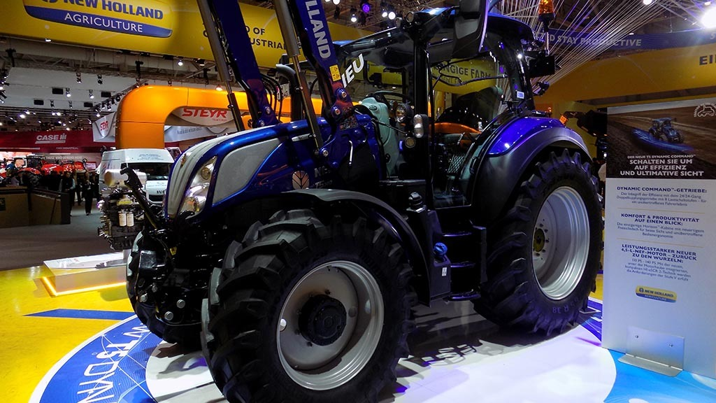 New Holland extends its DCT offering