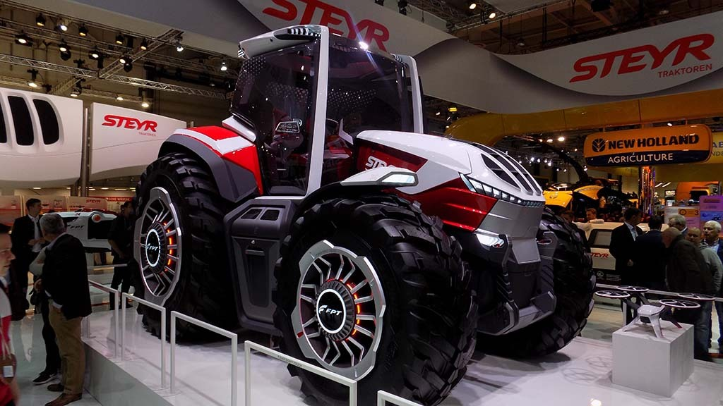 Steyr shows hybrid tractor