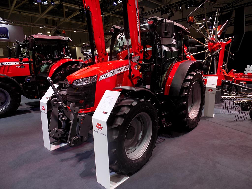 MF simplifies lower-spec tractor offering