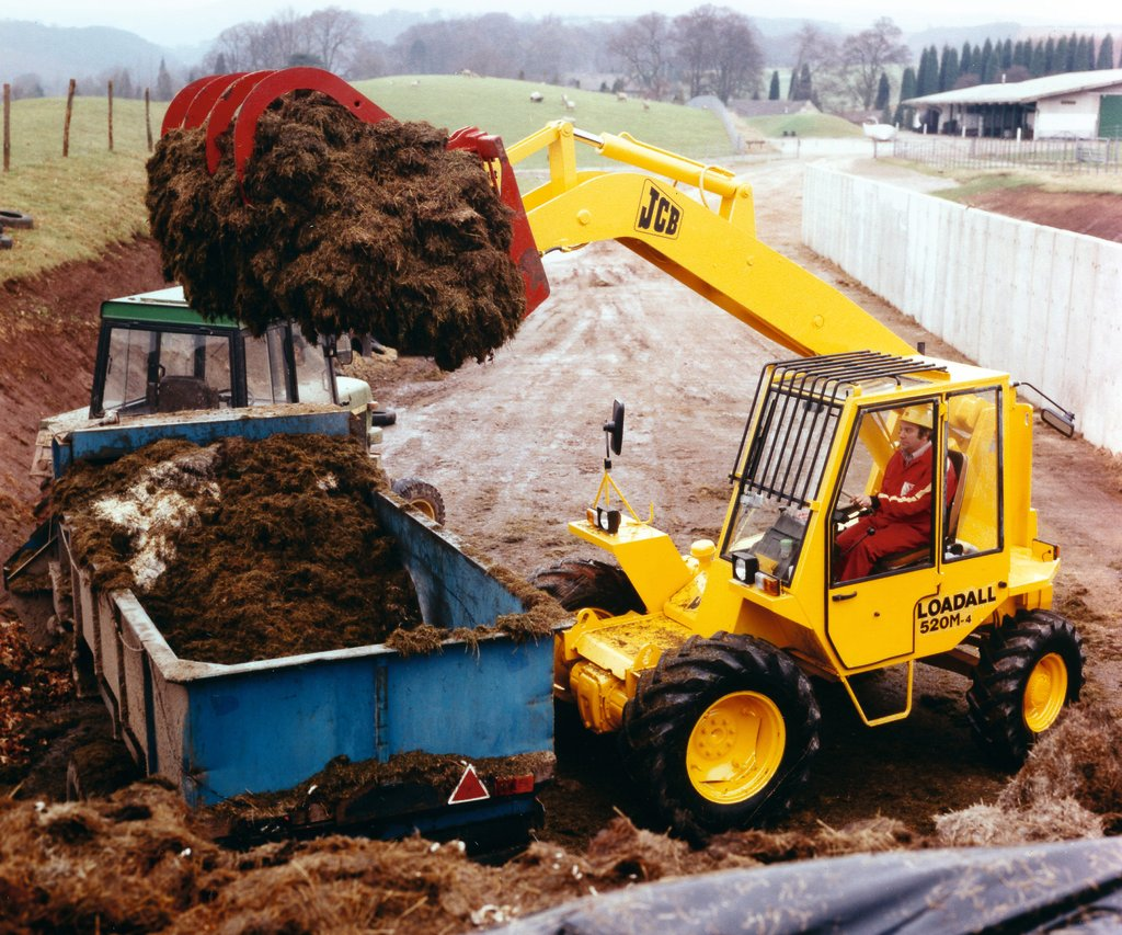 JCB kicked off the telehandler revolution with the introduction of the Loadall.