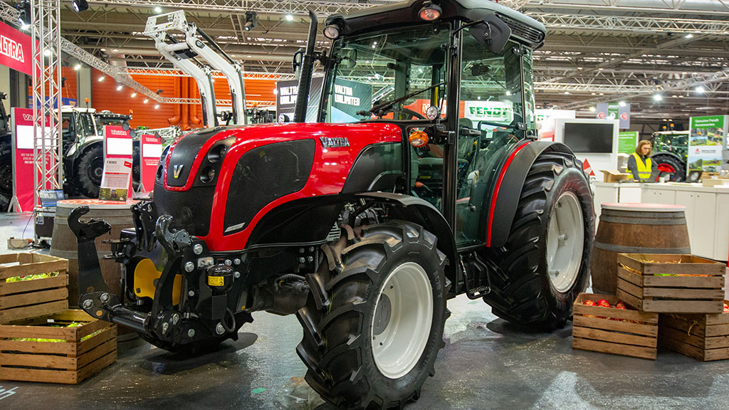 Valtra F series fruit tractor
