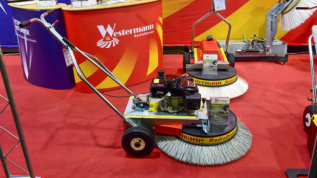 Westermann WR870 weed brush