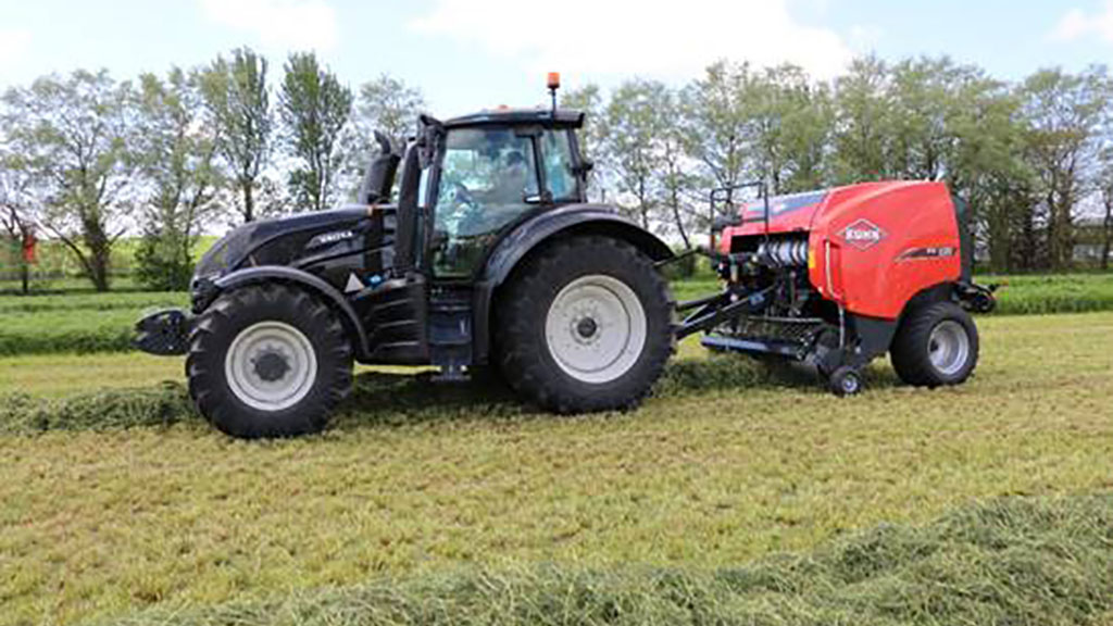 Kuhn adds Johnston Tractors to its roster