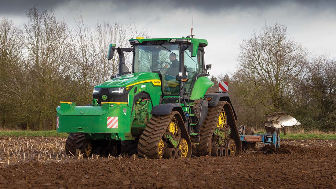In-depth: Under the skin of John Deere's new 8RX four track tractor