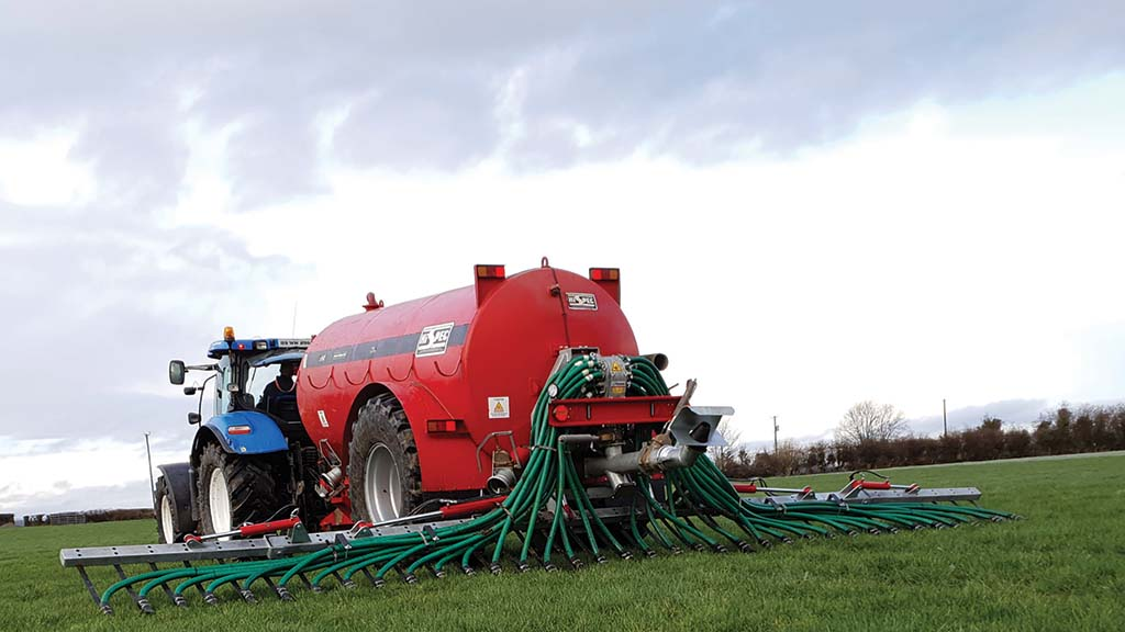 Grassland and muck machinery developments: Muck and slurry