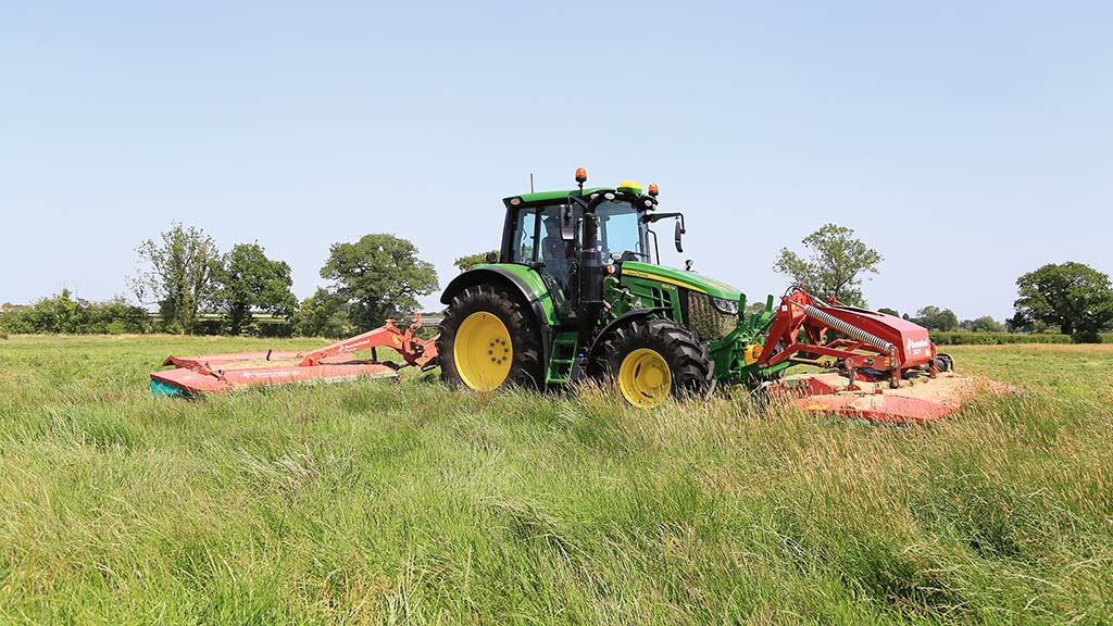 On-test: John Deere's new 6120M offers a big specification in a small package