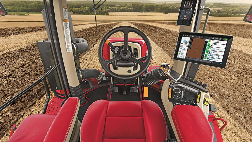 Case IH Quadtrac and Steiger articulated tractors get technology injection