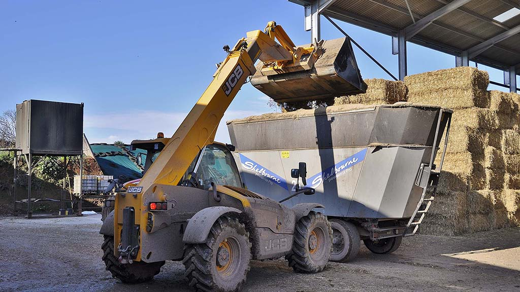 One of two JCB telehandlers employed by the Quick family, this Loadall 542-70 Series III spends up to five hours per day loading the diet feeders used to feed the farm's 850 dairy cows.
