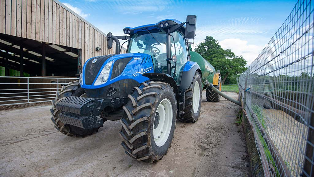 Review: New Holland T5.140 DCT tractor on-test
