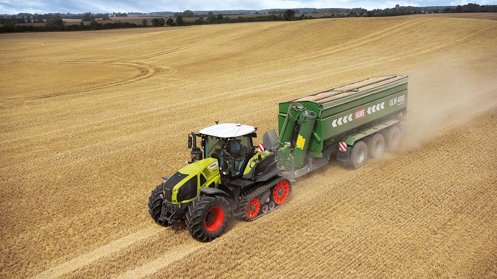Claas Axion 960 TerraTrac tractor