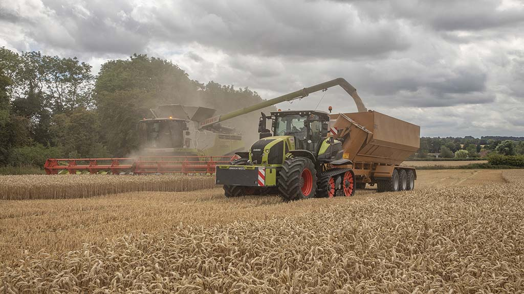 User review: Claas' clever half-track concept keeps compaction at bay