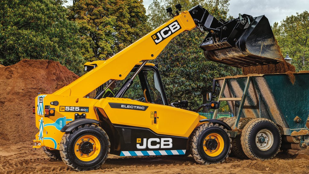 JCB reveals its first electric-powered Loadall telehandler