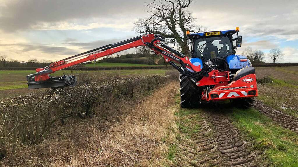 Kuhn expands hedge cutter range with telescopic model