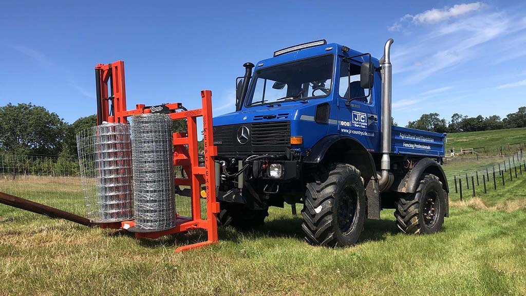 A Mercedes Unimog has been added to the fleet to transport materials and a post driver in one go. It can also be fitted with a wire unroller.