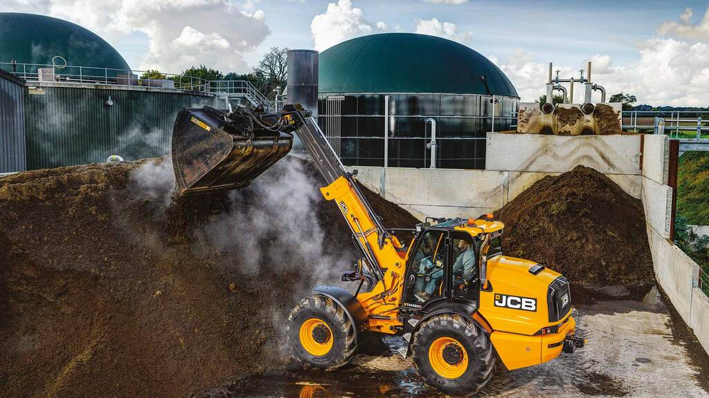 JCB ups the power of its pivot steer telehandler range with TM420S