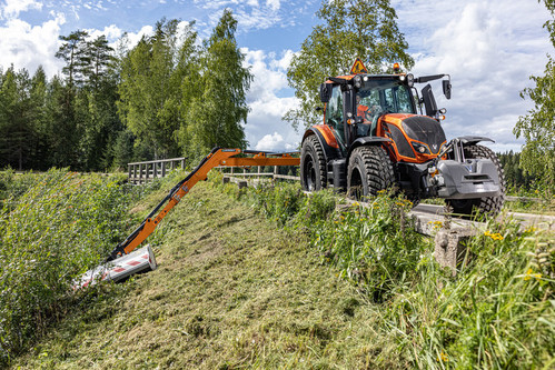 valtra-n-174-unlimited-tervala-img-fin-2020-hires-2603_175727.jpg