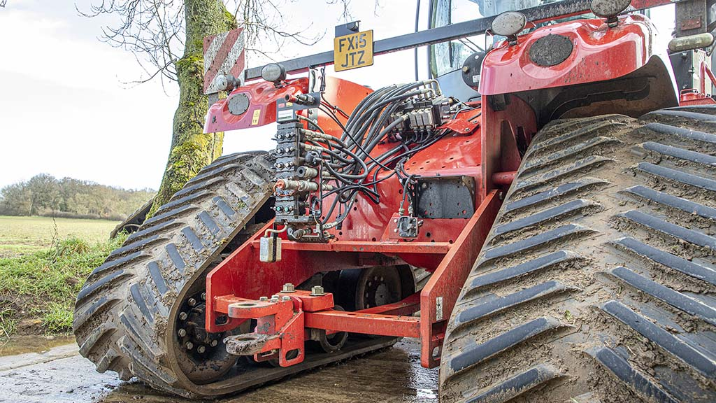 Hydraulic pipes and spools are easy to access; upgraded drawbar boasts a 70mm pin.