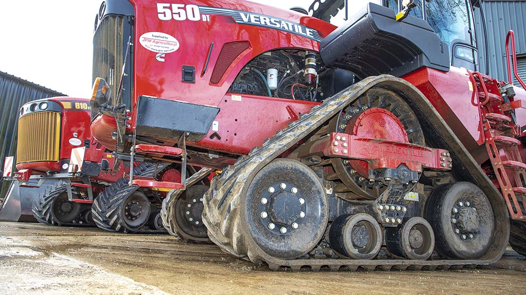 Over 3,000 hours, Morrells Farming says the Versatile 550DT has not suffered from axle or track seal issues.