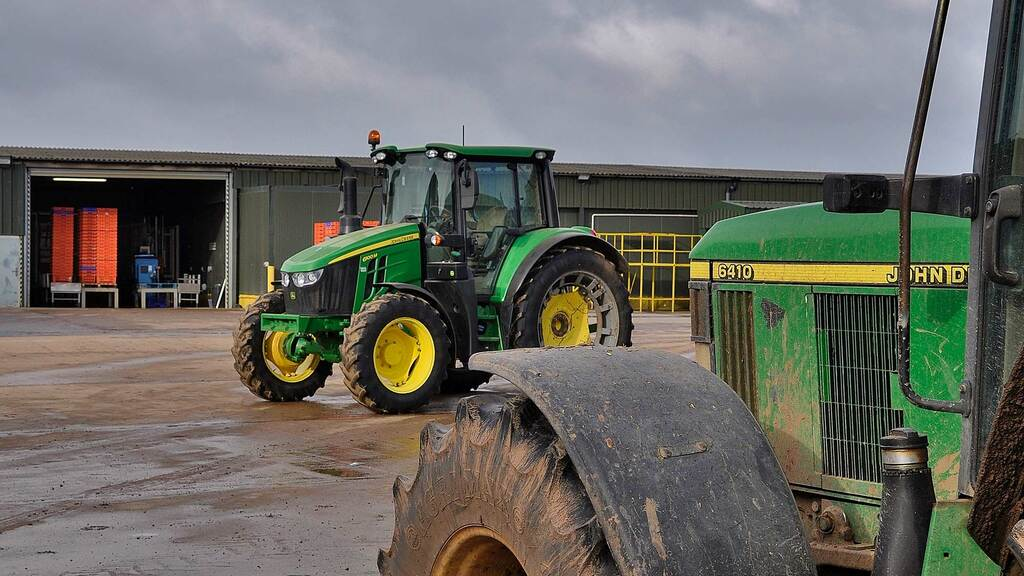 User review: Warwickshire salad grower rates his fleet of John Deere 6100M tractors