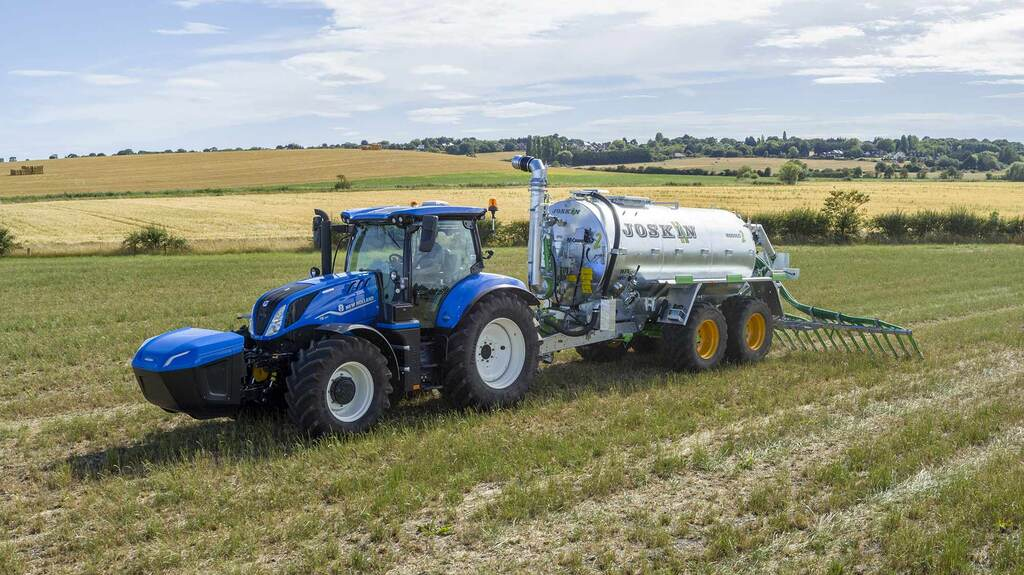 New Holland forges ahead with its alternative power agenda