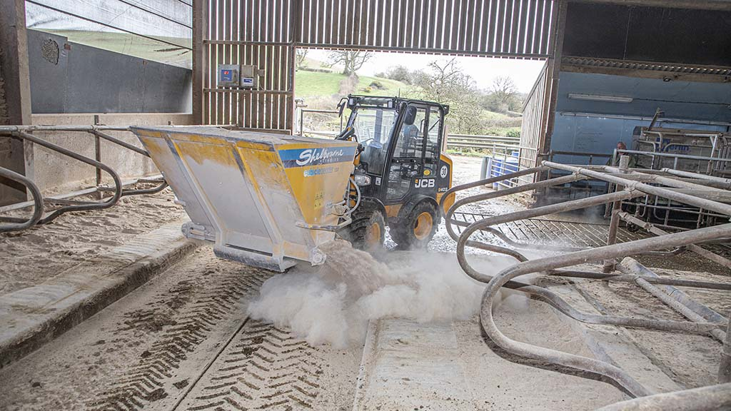 Sawdust dispenser is yet another attachment used with the JCB 403.