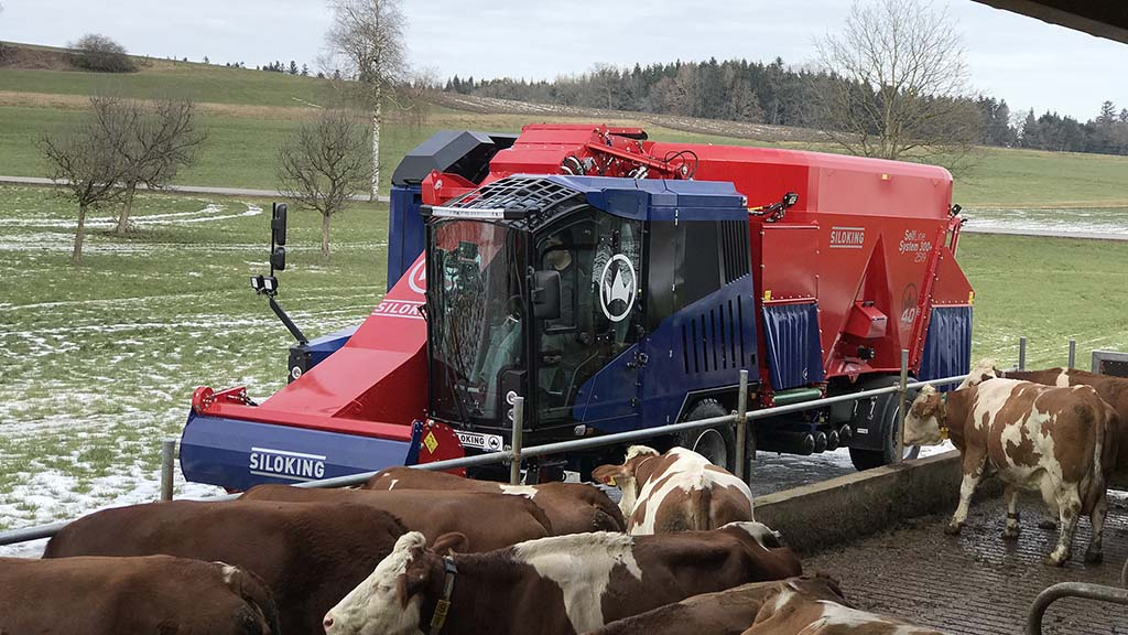 Kverneland expands self-propelled diet feeder offering