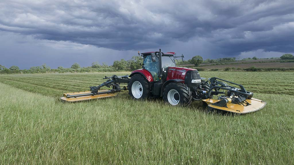 Tanco says its front mower offers 17 degrees of lateral float, 19 degrees of front-to-rear tilt and 960mm of vertical travel.