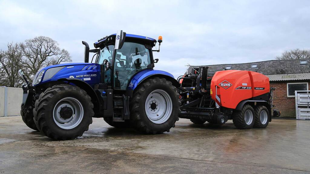 User review: Consistency key to Kuhn combi-baler choice