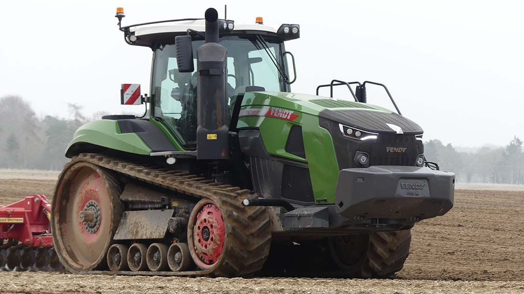 Review: New additions to Fendt 1100 Vario MT track layer make big difference