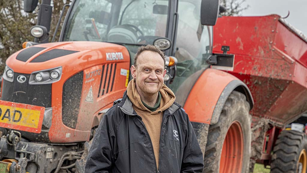 Warwickshire grower Rob Hadley is pleased with the design and build of his eight-tonne chaser bin.