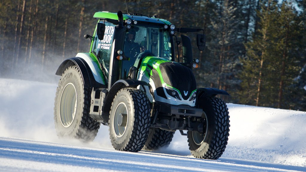 Finnish rally driver Juha Kankkunen set a tractor speed record of 88.88mph in a Valtra T234. The 2015 Guinness World Record was established on an airfield in northern Finland.