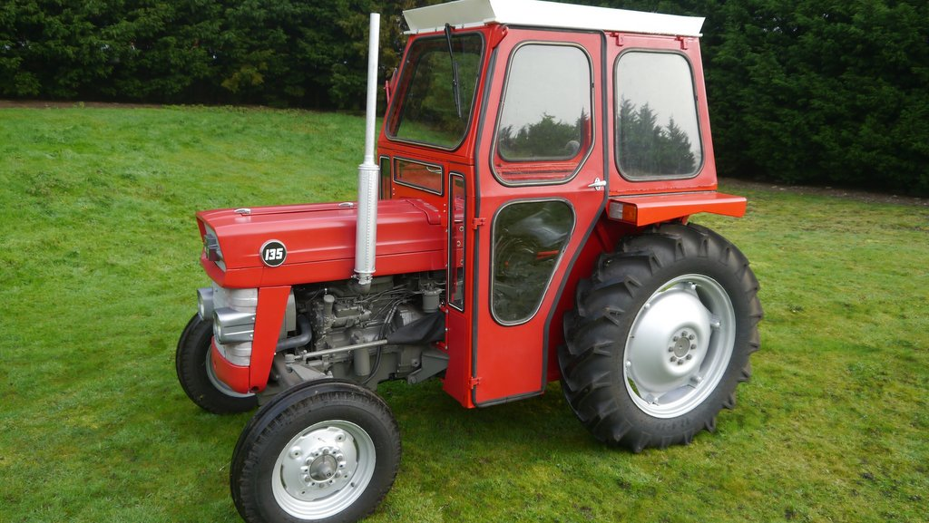 This 1984 Massey Ferguson 135 was knocked down at £7,600.