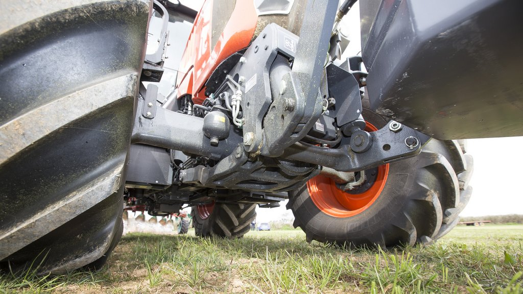 The tractors are solid where it matters, points out Mr Spencer, such as the strong front axle, made by Dana.