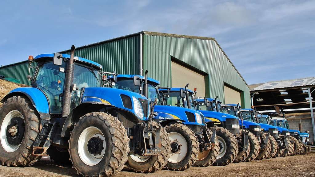 Farming with classics: Staffordshire farmer shares experiences of running 12 Ford and New Holland tractors