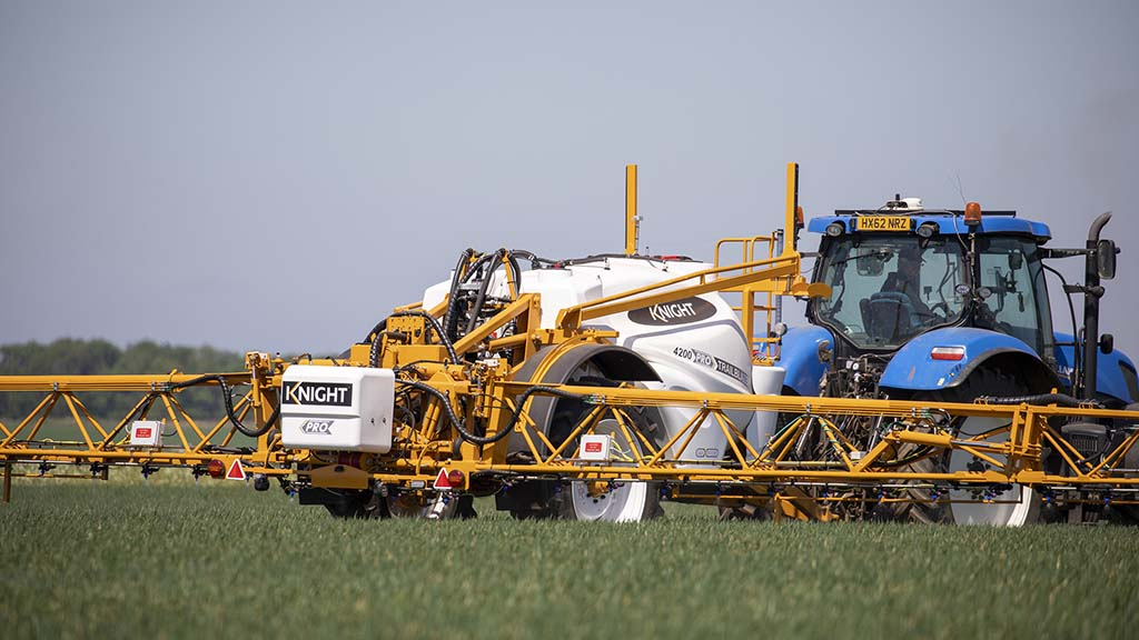 The Stage 5, 175hp, Mazzotti MAF 4080, offered through John Deere's dealer network also makes its UK show debut in the Sprays and Sprayers arena.