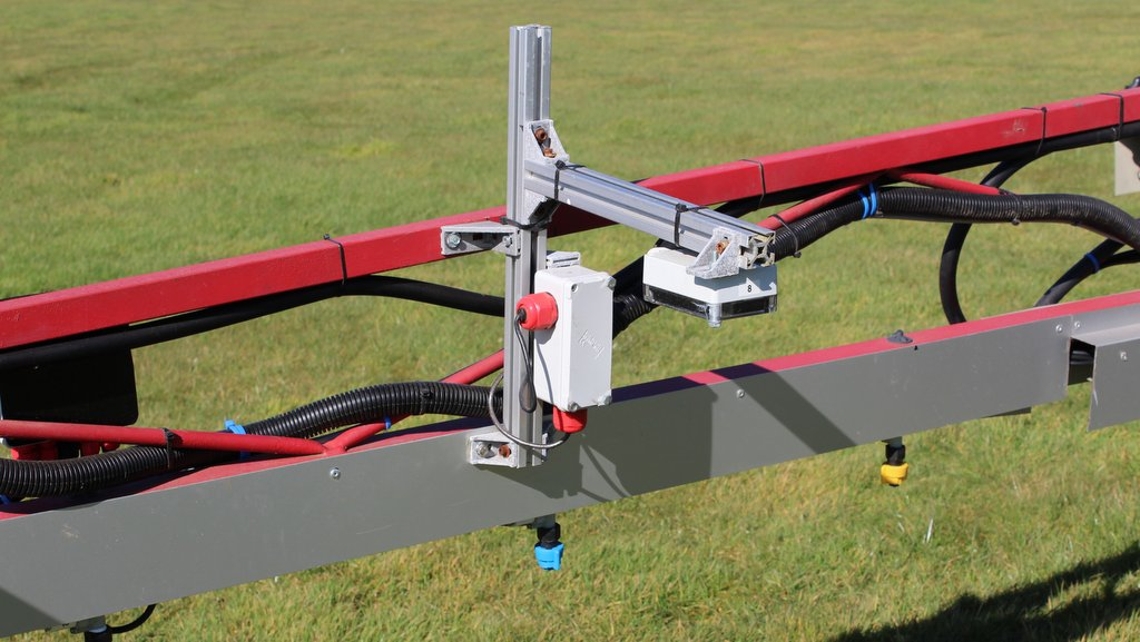 Each camera controls three nozzles. The nozzles are mounted underneath the boom and deliberately angled to produce the most effective spray pattern, relative to the positioning of each camera.