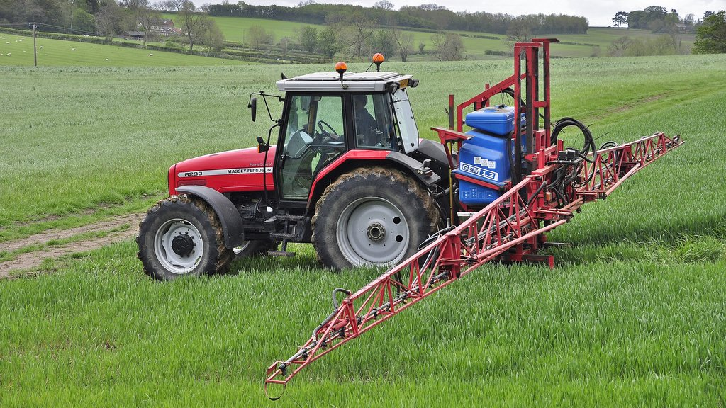 Andrew Rees' beloved MF 6290 is a superb 2003 example equipped with front-axle suspension. The tractor, which is frequently used for trailer work (below) is also the farm's sprayer tractor.