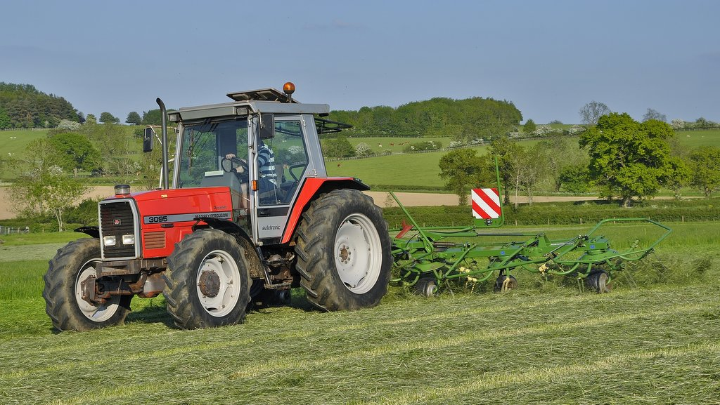 This MF 3095 was purchased from Parris Tractors. Described as a superb sunshine tractor for light duties, it joins the MF 3065 (below) as the farm's primary raking and tedding tractors.