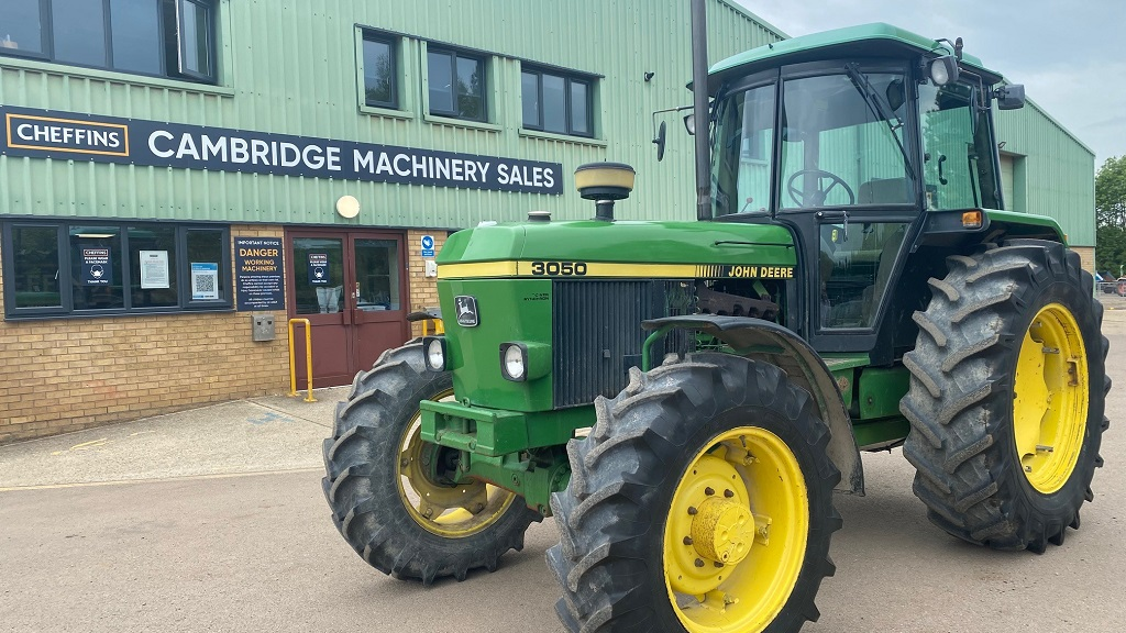 John Deere 3050 to be auctioned for Alzheimers Research UK