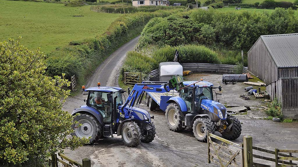 User review: New Holland T5.140 with clever transmission is worth its substantial price tag says one Welsh contractor