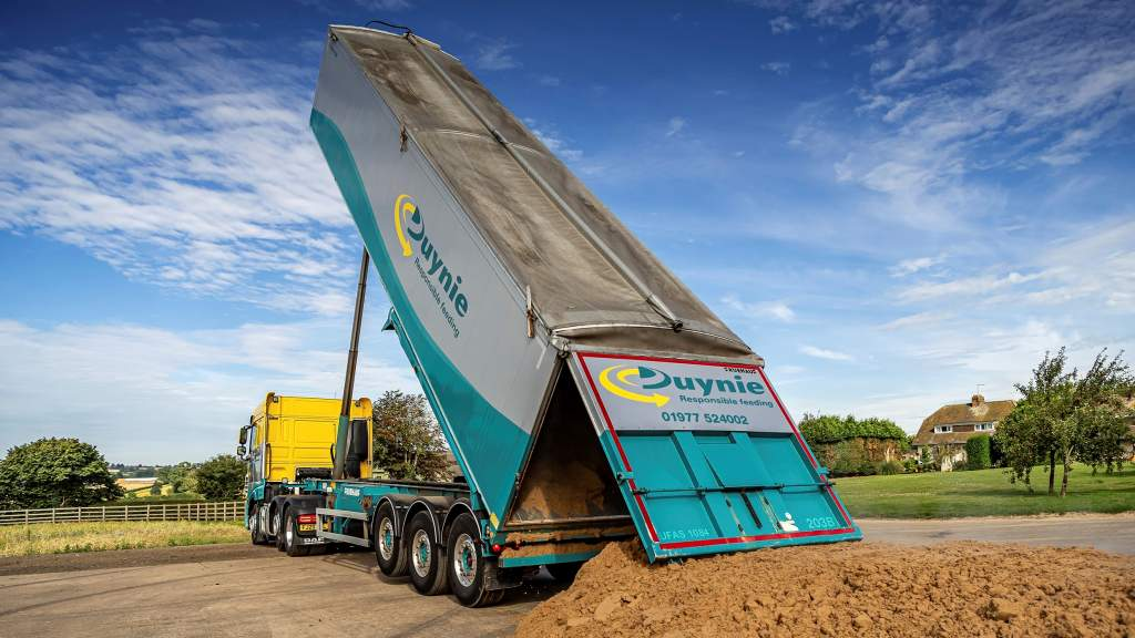Choosing the right feeds to match this year's silage